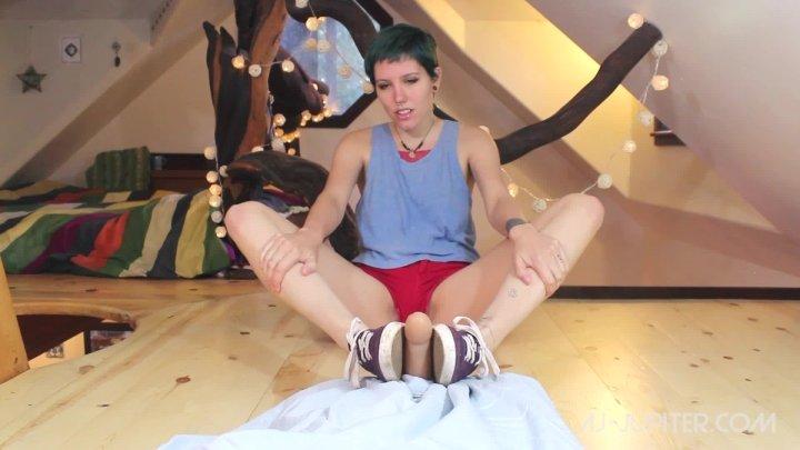 Dirty fetish keds sneaker woman teen nude training