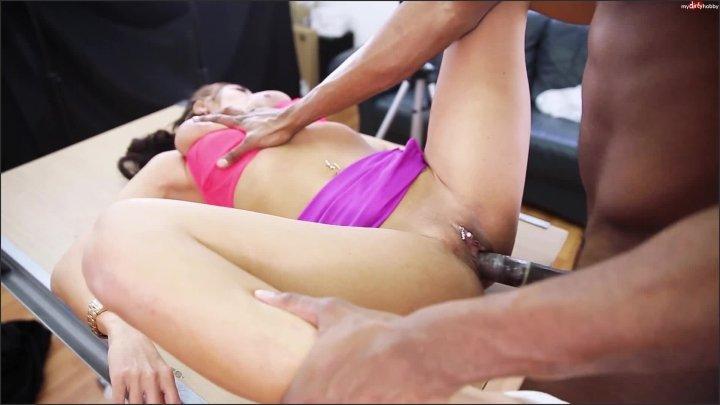 Anal Casting Elena Mit Mandala