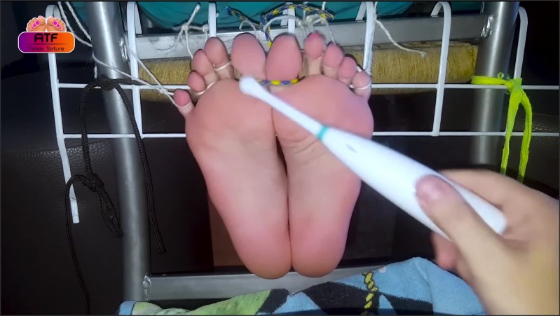 [Full HD] Mercilessly Tickle Torture Tied Feet Of My Wife Gagged Tickling - Absolute Tickling Feet - -00:10:13 | Tickle Torture, Foot Torture - 228,4 MB