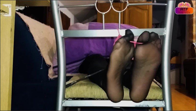 [Full HD] Ticklish Feet Of My Stepmom In Tickle Chair - Absolute Tickling Feet - -00:08:43 | Step Fantasy, Ticklish Feet, Exclusive - 296 MB