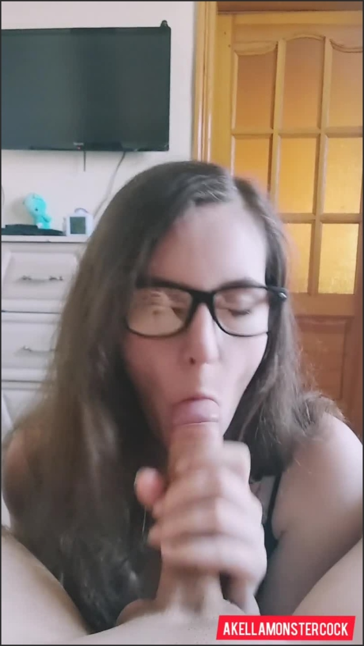 [SD] Nerdy Girl In Glasses Suck Big White Cock Pov Blowjob With Cum In Mouth - AkellaMonsterCock - - 00:06:46 | Step Fantasy, Pov, Glasses - 114,1 MB