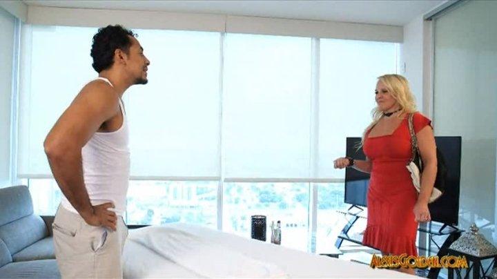 Alexis Golden Happy Ending Massage