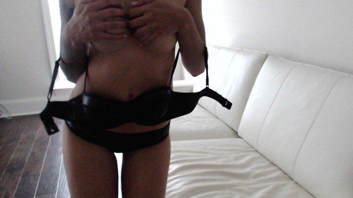 [HD] Alexis Zara Bathing Suit Dirty Talk Strip - Alexis Zara - ManyVids - 00:10:16 | Strip Tease, Big Boobs, Pussy Spreading - 780,4 MB