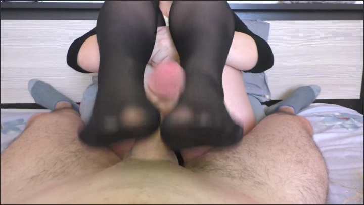 [Full HD] Amateur Teen In School Uniform Footjob And Fuck Legs - Alina_Rose - - 00:06:23 | School, Cum Feet - 137,9 MB