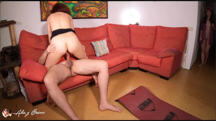 [WQHD] Private Yoga Class Ends In A Threesome With Squirt In The Mouth 4K - Alis Y Bruno - - 00:22:57 | Yoga Class, Babe, Gangbang - 517,4 MB
