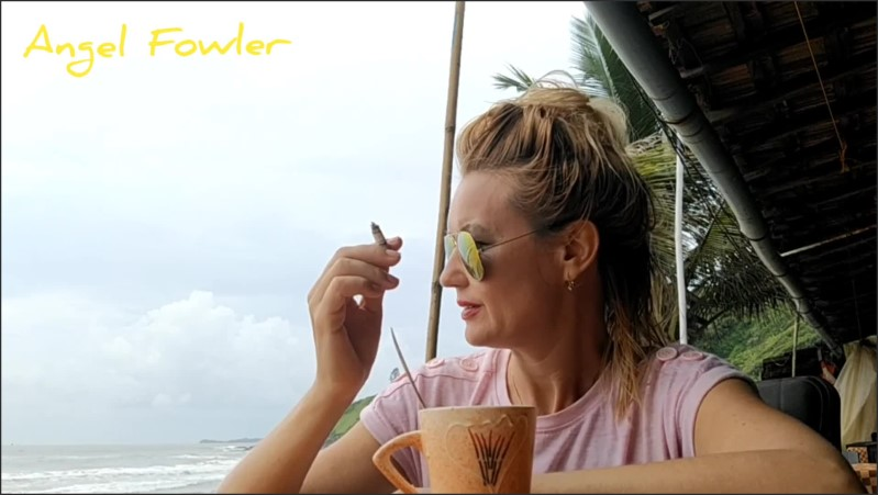 [Full HD] Angel Fowler And Dani Danger Smoking Having Tea And Conversation In Beach Restaurant  - Angel Dani Fowler - -00:10:46 | Mother, Teen Glasses, Most Beautiful Girl - 218,1 MB