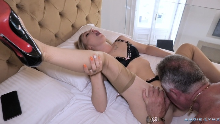 Angielynx Caught By My Old Man Masturbating On Cam