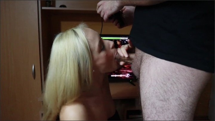 [Full HD] I Made My Classmate To Cum In My Mouth While He Was Playing A Video Game - AnnaReyHorny - - 00:07:59 | Cum Mouth, Amateur, Cumshot - 186,8 MB