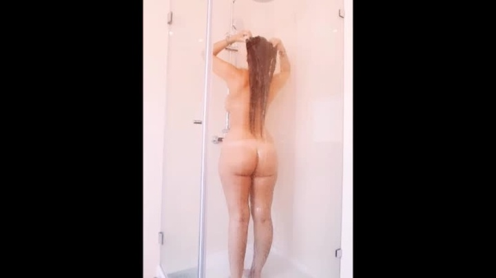 Annellea Hotel Shower