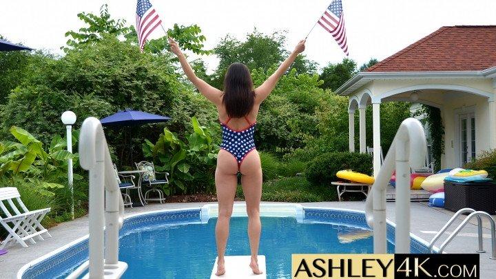 Ashley Sinclair American Woman