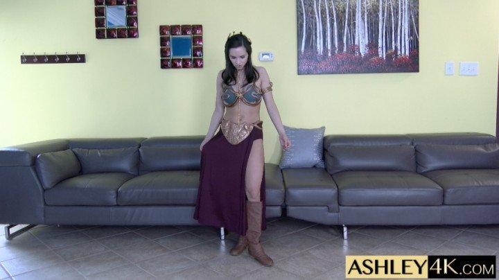 Ashley Sinclair Jerk With Leia