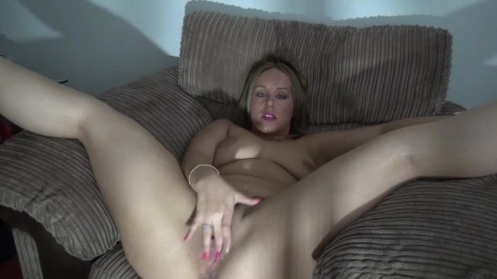 Ashleyrider Ashley Fucks Herself With A Large Dildo