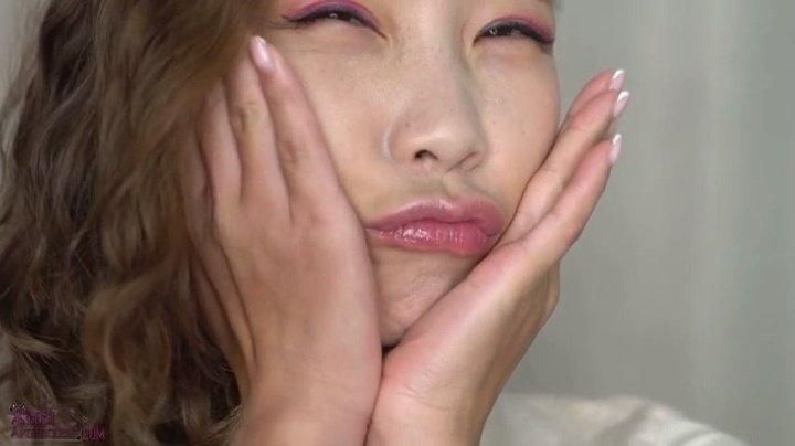 Asiandreamx Cheek Pinching Asmr Kisses