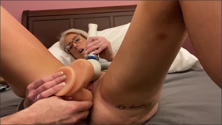[Full HD] Fisting And Squirting - Aubrey Knight - - 00:13:00 | Milf, Adult Toys - 313,1 MB