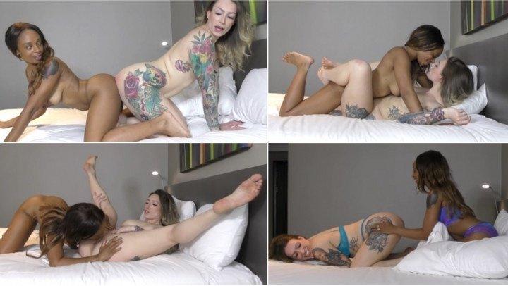 Ava Austen Pillow Fight Amp Hot Ir Pussy Licking