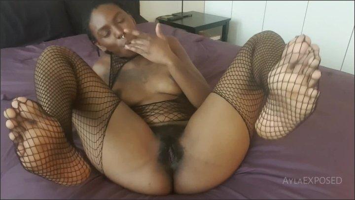 [Full HD] Aylaexposed Ayla Feet In The Air Masturbation - AylaEXPOSED -  - 00:10:32 | Masturbation, Ebony, Amateur - 213,1 MB