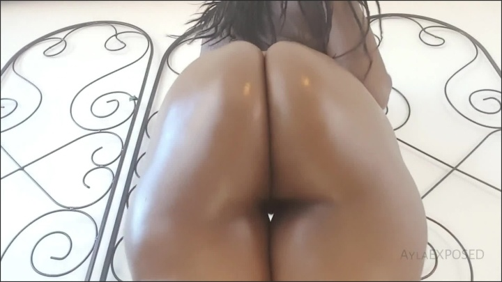[Full HD] Aylaexposed Ayla Oily Ass Shaking And Clapping - AylaEXPOSED -  - 00:09:05 | Thick, Hd Porn, Big Booty - 204,6 MB