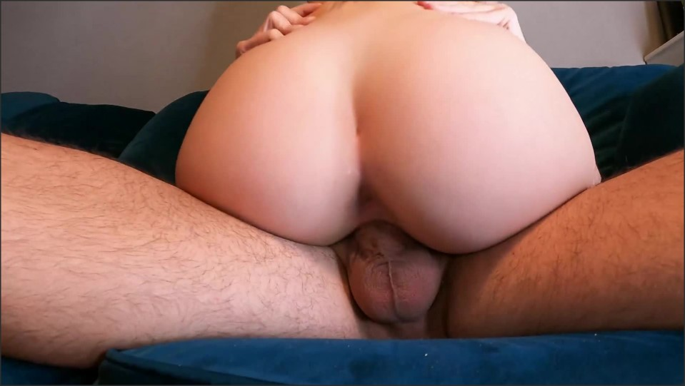 [Full HD] 18 Years Old Slut With Perfect Ass Gets Fucked On The Couch  - BIGLOVASS4FREE - -00:16:47 | Big Ass, Big Booty, Perfect Body - 325 MB