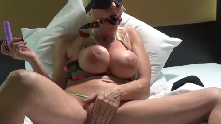 Blonde Banditt Bondage Orgasm Explosion Blonde Banditt
