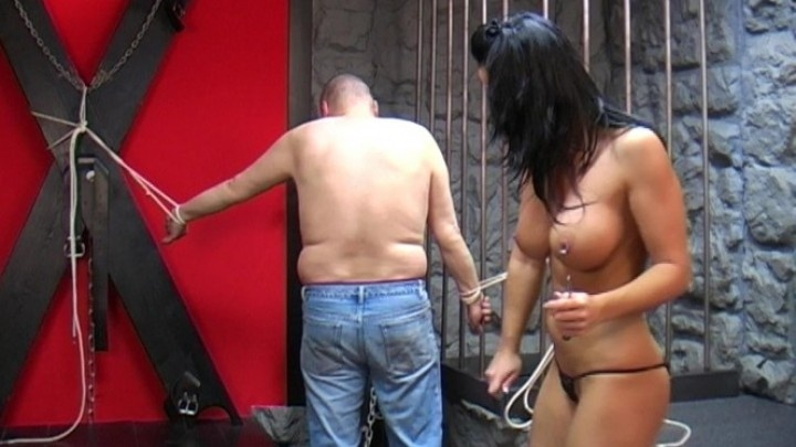 Beefybanger Victoria Bounds Me To The Dungeon Cage