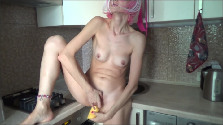[Full HD] He Fucked Me In The Ass In The Kitchen I Liked It - Bella Ogurech - - 00:11:08 | Big Ass, Verified Amateurs - 200 MB
