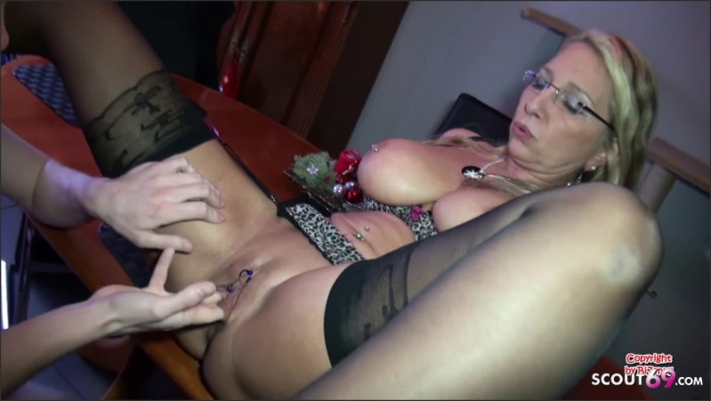 [Full HD] German Mom Teach Shy Virgin Young Guy To Fuck When Dad Away  - Bi-Jenny - -00:07:52 | Mother, Mutter, Teach - 200,4 MB