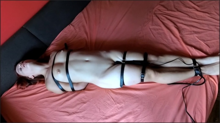 [Full HD] Tied Up Young Girl With Vibrator - BlackRaven88 - - 00:07:30 | Verified Amateurs, Bdsm Vibrator, Kink - 131,8 MB