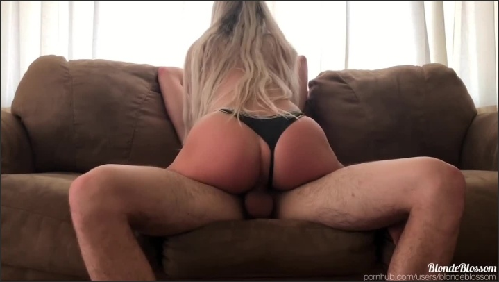 [HD] Fit Babe Finishes Me Off With A Tit Job Blondeblossom - BlondeBlossom - - 00:11:04 | Big Tits, Verified Amateurs, Pov - 140,3 MB