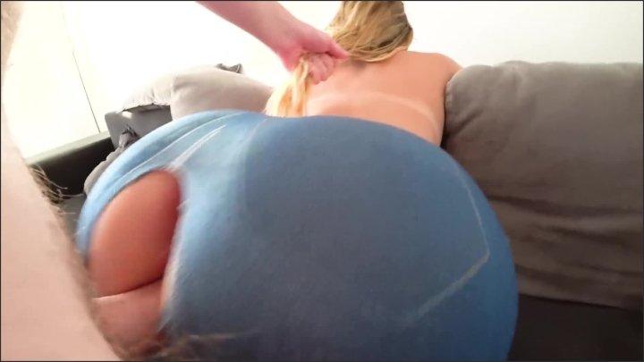 phat ass booty girl fucking