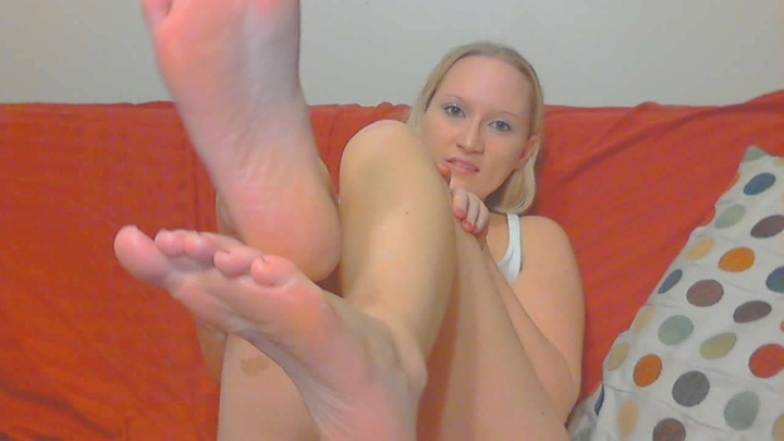 Bouncybritney 3 My First Foot Video With Lotion