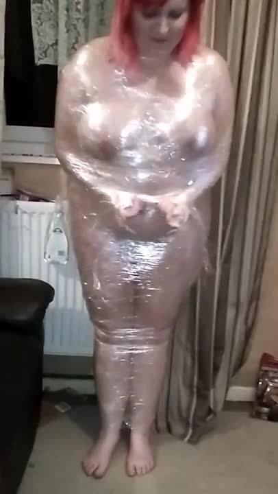Boundgirlxo Naked Bbw Clingfilm Wrap Struggle