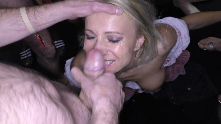 Bukkakecentral Sexy Blonde Milf Tara Takes Xmas Facials