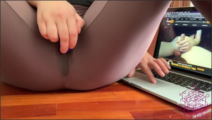 [HD] Very Wet In Spandex Watching Videos From My Fans - Caleidoscopic - - 00:19:24   Lycra Fetish, Dripping - 195,9 MB