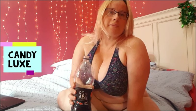 [Full HD] Drinking Pepsi And Burping Full Video  - CandyLuxe - -00:09:30 | Kiwi Girl, Bbw, Butt - 206,3 MB