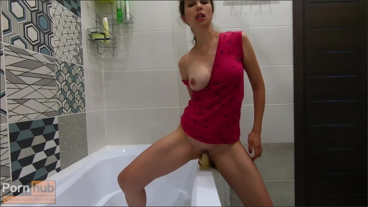 [] Masturbating In The Shower While Alone At Home A Big Toy Catherinerain - CatherineRain - - 00:12:27 | Big Ass, Solo Female, Exclusive - 299,6 MB