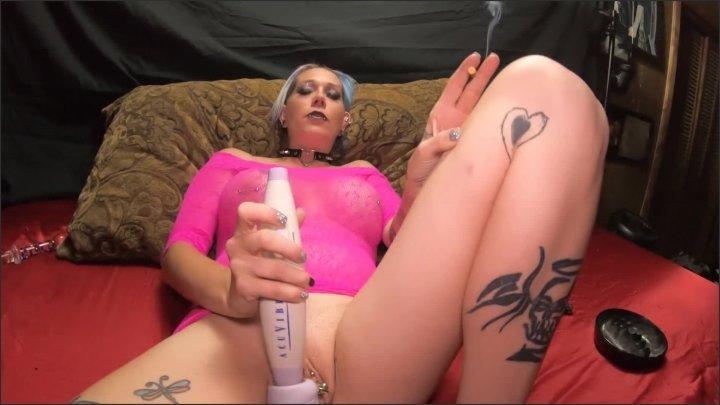 [Full HD] Chassidy Lynn Smoking Masterbation 5 - Chassidy Lynn - - 00:07:48 | Smoking Fetish, Dirty Slut Whore, Mom - 168,9 MB