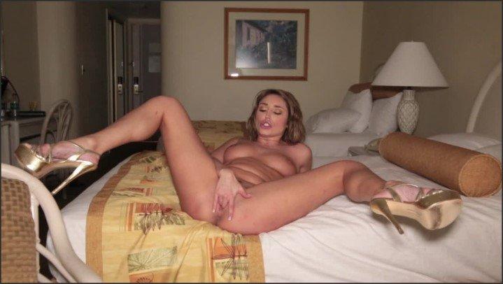 [HD] Christiana Cinn Xxx Christiana Cinn S Naughty Vacation Day1 - Christiana Cinn XXX - ManyVids - 00:12:55 | Size - 958,5 MB