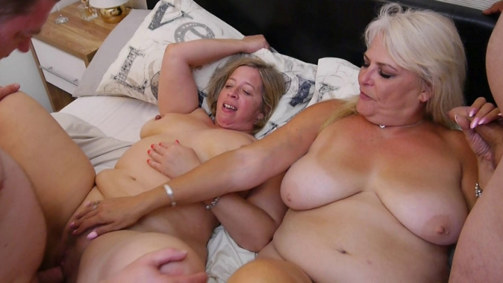 Christina X Hotwife Neighbour 4Sum 4