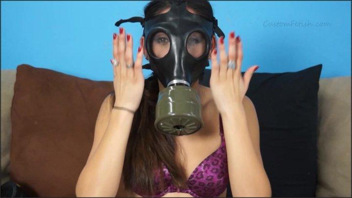 Custom Fetish Milas Gas Mask Modeling No Sound