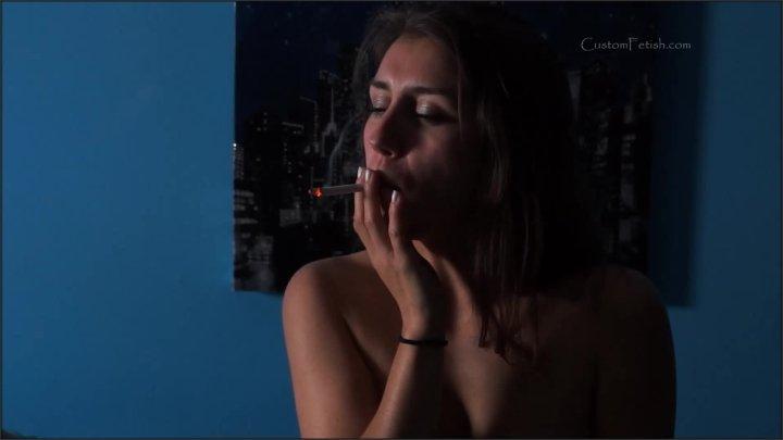 Custom Fetish Paprika Smokes A Marlboro