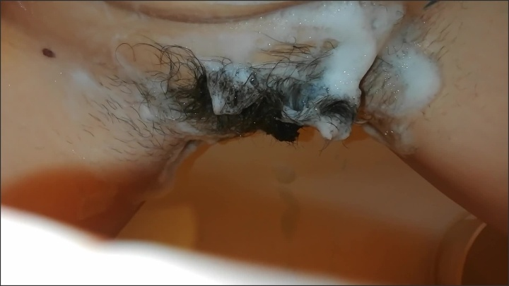 [Full HD] Cutieblonde Washing My Extreme Hairy Cunt - CutieBlonde -  - 00:04:45 | Close Up Pussy, Shower, Verified Amateurs - 132,7 MB