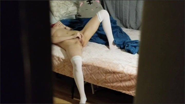 [Full HD] Spying On Little Step Sister While She Touches Herself - DaddyandKittenn - - 00:11:24 | Bopper, Homemade - 200,8 MB