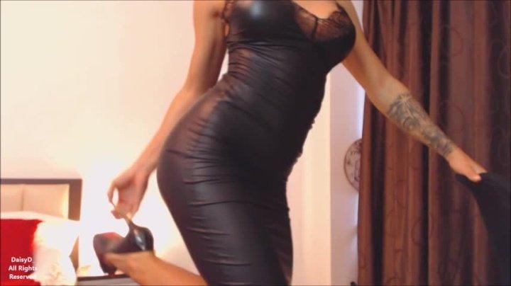 [Full HD] Daisyd Black Dress Vip-Pussy.Com - DaisyD - ManyVids - 00:11:20 | Strip Tease, Big Butts, Big Ass - 453,5 MB