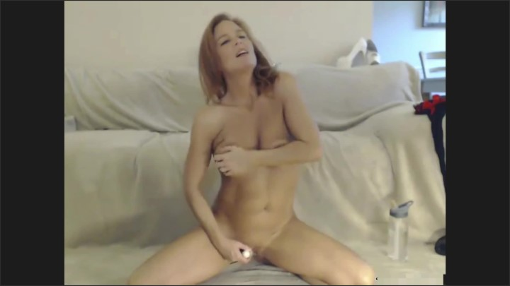 [Full HD] Milf Masturbates On Cam - Dee Bama - - 00:09:24 | Female Orgasm, Amateur, Verified Couples - 94,7 MB