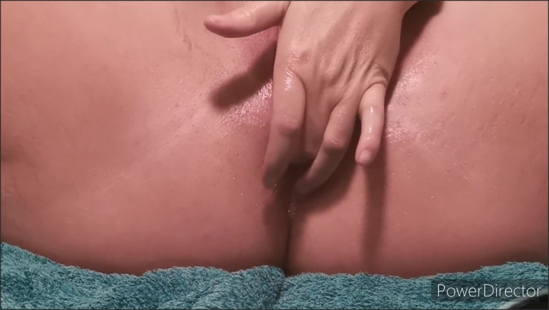 [Full HD] Milf Fingers Flowing Wet Pussy And Ass  - DesertButtonsxx - -00:08:18 | Masturbation, Big Pussy Flaps, Amateur - 166,2 MB