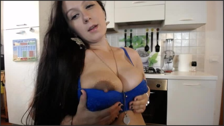 [SD] Dolce4You69 Changing And Teasing With 5 Bras - Dolce4You69 - Manyvids - 00:12:30 | Size - 295,6 MB