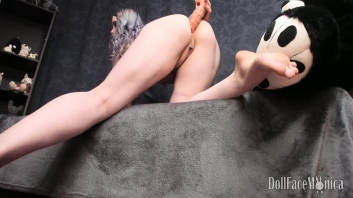 DollFaceMonica Anal And Farting