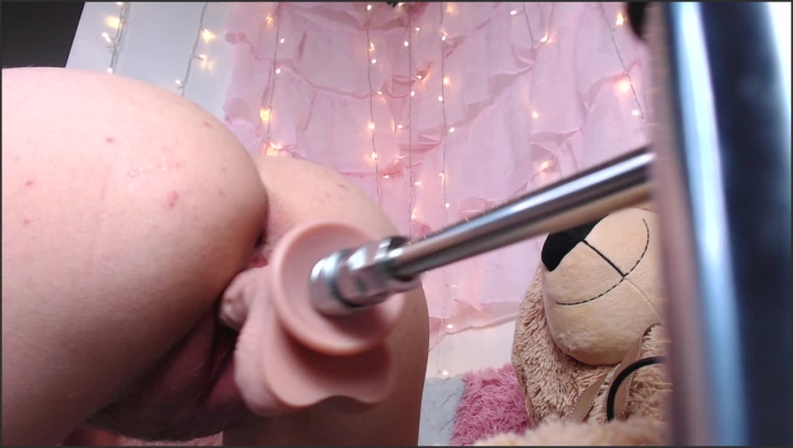 [HD] Dolly Mattel The Horny Camgirl - Dolly Mattel - ManyVids - 00:08:04 | Size - 699,2 MB