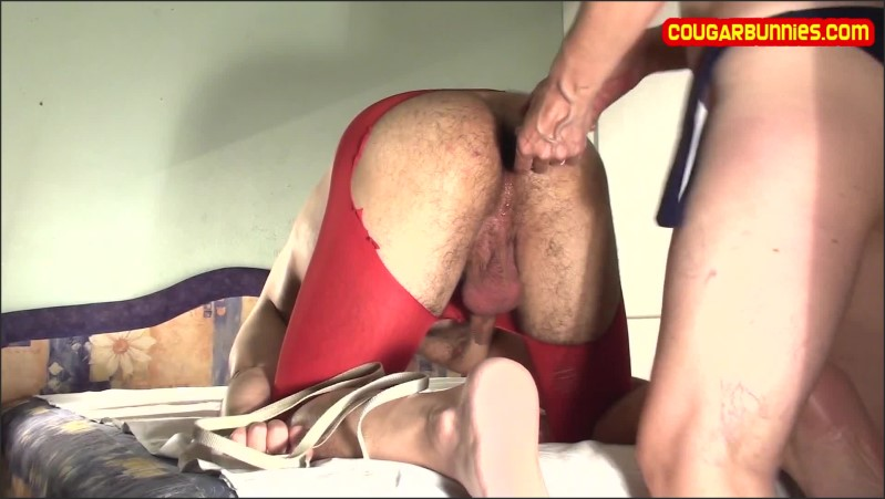 [Full HD] Bikini Roller Rope 4 Submissive Hubby Ass Fucked Wears Tight Red Nylons - Doris Dawn - -00:16:46 | Ass Fuck, Bi Curious Male, Make Me Bi - 757,7 MB