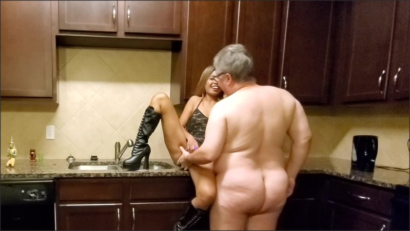 [Full HD] Kitchen Fun Part 1 Of 3  - DreamyMeige - -00:14:08 | Married Couple, Toys - 457,5 MB